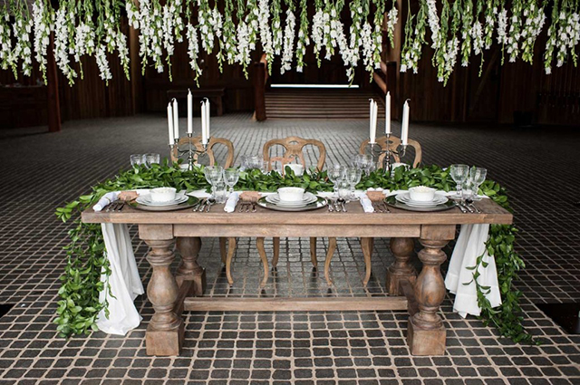 wedding-styling-foilage-runner-1024x680